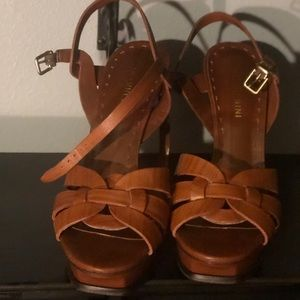 Gianni Bini Platform Brown Leather Heels
